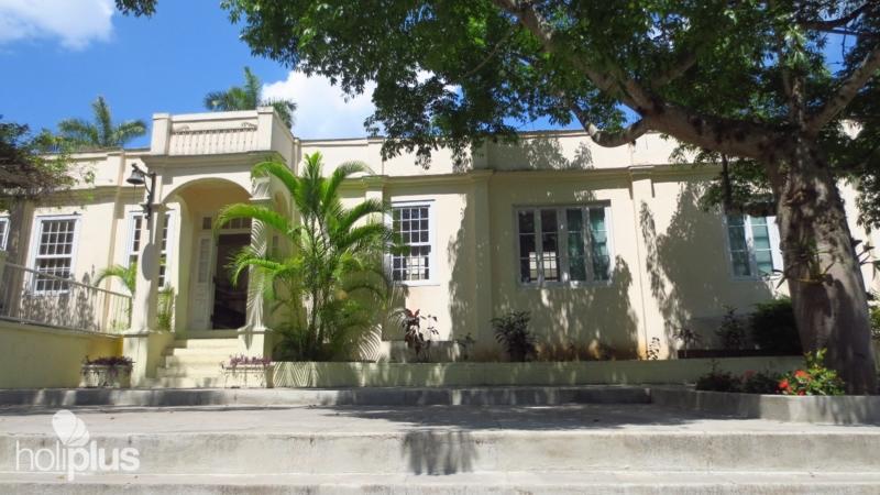 Hemingway House Tour